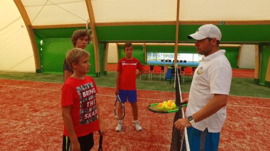 zajęcia z trenerem w tenisa