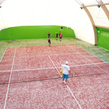 Gra w tenisa z trenerem